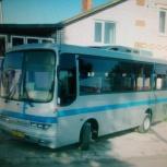 Водитель со своим автобусом Хундай Аэротаун, Пермь