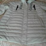 Продажа осенней куртки из белой  экокожи, Пермь